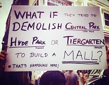 What if they tried to demolish Central Park (New York), Hyde Park (London) or Tiergarten (Berlin) to build a mall? That's happening here!