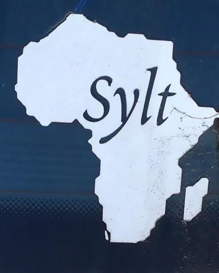 Autoaufkleber: Sylt (auf den Umrissen von Afrika)