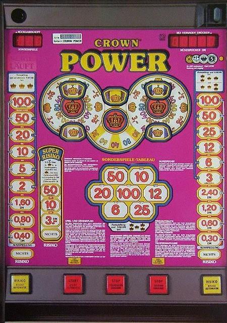 Geldspielgerät 'Crown Power' von Bergmann aus dem Jahr 1986
