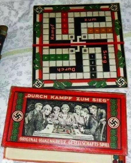 'Durch Kampf zum Sieg' -- Original Hakenkreuz-Gesellschafts-Spiel
