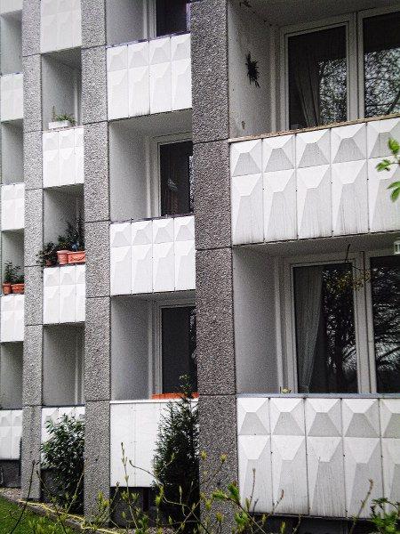 Balkone an einem Hochhaus