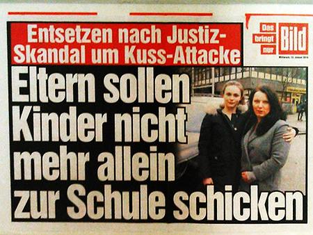 Werbung für die Tagesausgabe der Bildzeitung -- Entsetzen nach Justiz-Skandal um Kuss-Attacke: Eltern sollen Kinder nicht mehr allein zur Schule schicken