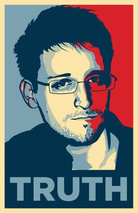 Bild von Edward Snowden im Stil der 'Hope'-Kampagne aus dem Wahlkampf von Barack Obama. Darunter das Wort 'Truth'.