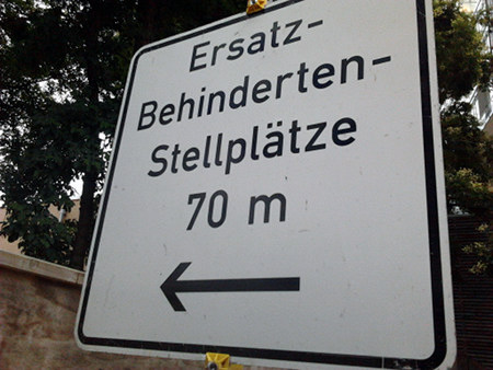 Ersatz-Behinderten-Stellplätze 70m