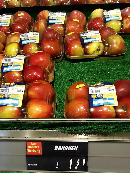 Äpfel, ausgepreist als Bananen
