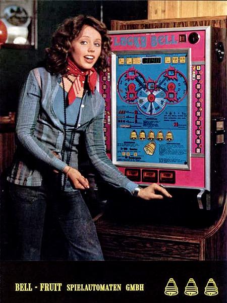In einer Fachzeitschrift für Automatenaufsteller gedruckte Werbung für das Geldspielgerät Lucky Bell von Bell-Fruit aus dem Jahr 1975.