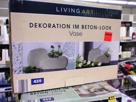 Produktverpackung -- LIVING ART -- DEKORATION IM BETON-LOOK -- VASE