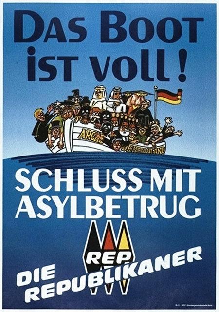 Wahlplakat 'Die Republikaner' aus dem Jahr 1990: Das Boot ist voll -- Symbolisches Bild einer 'Arche Deutschland' voller Menschen -- Schluss mit Asylbetrug -- Die Republikaner