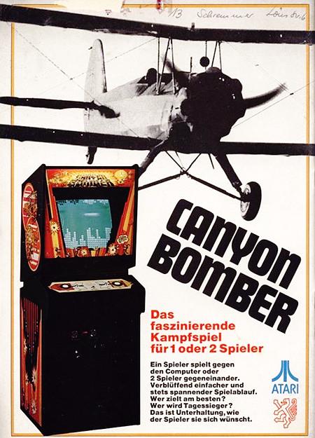 Werbung für das Arcade-Spiel Canyon Bomber von Atari aus dem Jahr 1977 aus einer Fachzeitschrift für Automatenaufsteller -- Canyon Bomber -- Das faszinierende Kampfspiel für 1 oder 2 Spieler -- Ein Spieler spielt gegen den Computer oder 2 Spieler gegeneinander. Verblüffend einfacher und stets spannender Spielablauf. Wer zielt am besten? Wer wird Tagessieger? Das ist Unterhaltung, wie der Spieler sie sich wünscht.