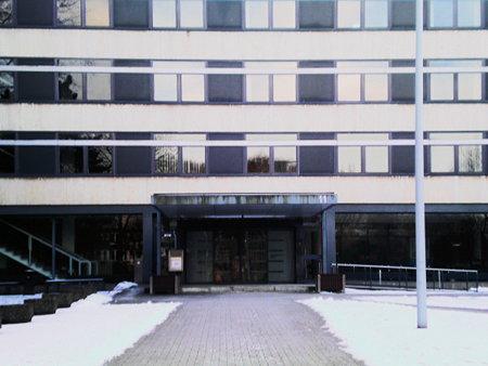 Behördenhaus (früher als Bezirksregierung bekannt) am Waterlooplatz 11 in Hannover