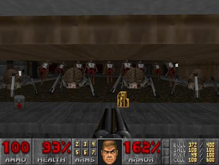 Screenshot DooM II mit dem ziemlich großartigen PWAD Estranged. Durch ein Fenster sieht man etliche Arachnotrons und Revenants von hinten, so dass sie einen nicht sehen können.