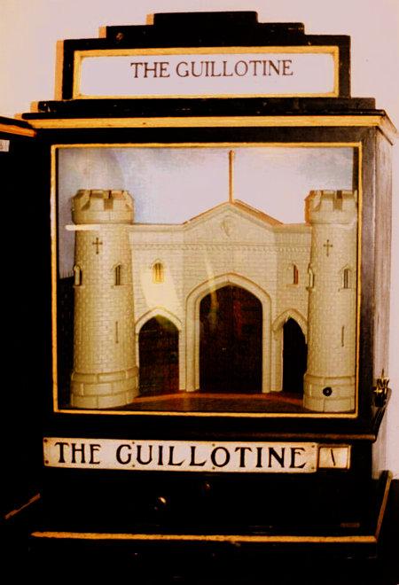 Arcade-Automat 'The Guillotine' aus den 1930er Jahren