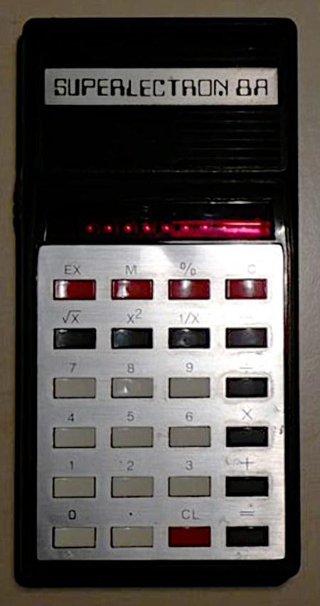 Taschenrechner Superlectron 8A aus den Siebziger Jahren