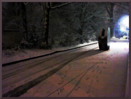 Bildbearbeitung eines verschneiten Weges