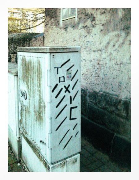 Graffito: Toxic
