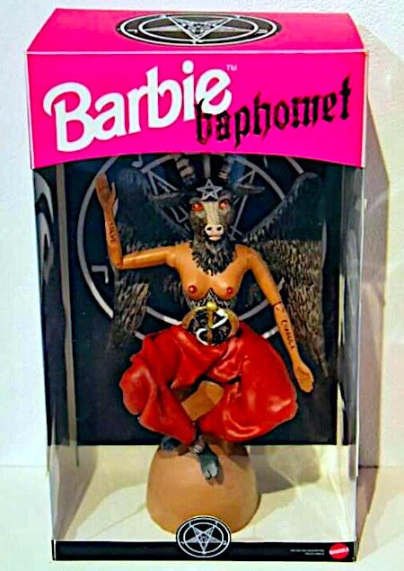 Baphomet-Puppe in einer Barbie-Verpackung