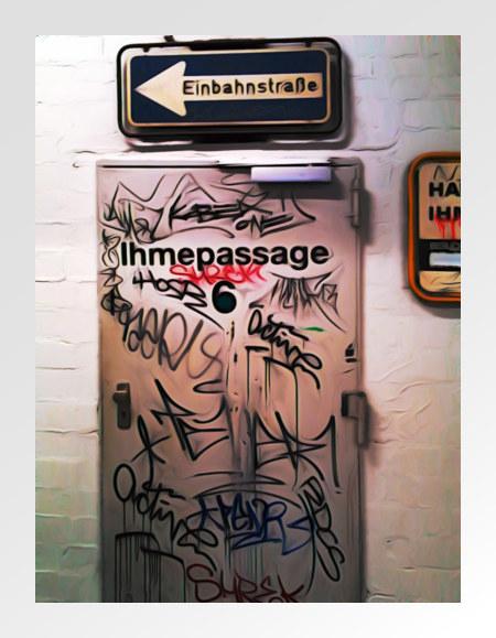 Stark digital verfremdete, mit Graffiti beschmierte Tür im Ihmezentrum in Hannover-Linden, über der Tür ein Verkehrszeichen Einbahnstraße