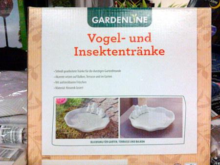Gardenline -- Vogel- und Insektentränke -- Stilvoll gearbeitete Tränke für die durstigen Gartenfreunde -- Akzente setzen auf Balkon, Terrasse und im Garten -- Mit aufsteckbaren Fröschen -- Material: Keramik lasiert