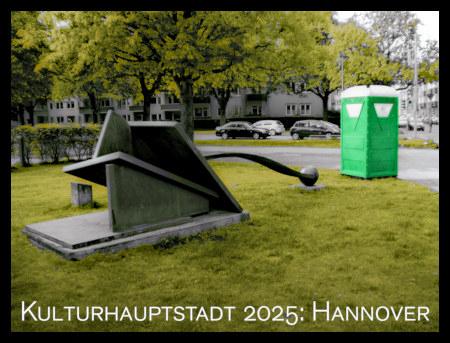 Stark mit Gimp bearbeitetes Bild einer Straßenkunst-Installation mit einem sehr gut hingestellten Dixiklo