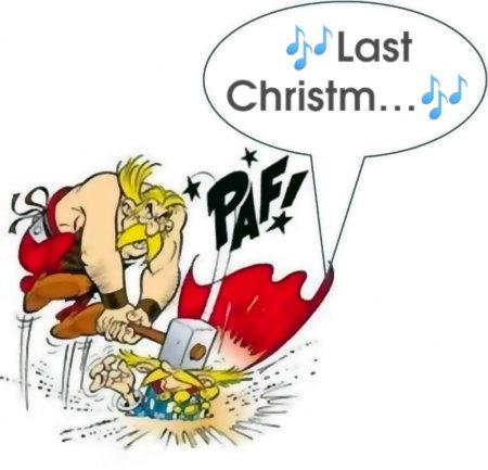 Mit Gimp bearbeitete Grafik aus einem Asterix-Comic. Troubardix fängt gerade an, 'Last Christmas' zu singen und kriegt dafür vom Schmied den Hammer übern Kopf gezogen. Dazu ein lautmalerisches Paf!