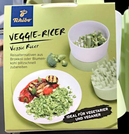 Foto einer Verpackung -- Tchibo Veggie-Ricer -- Reisalternativen aus Brokkoli oder Blumenkohl blitzschnell zubereiten. Ideal für Vegetarier oder Veganer