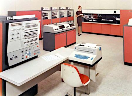 Foto aus der Werbung für einen IBM 360 Check Reader aus den Fünfziger Jahren