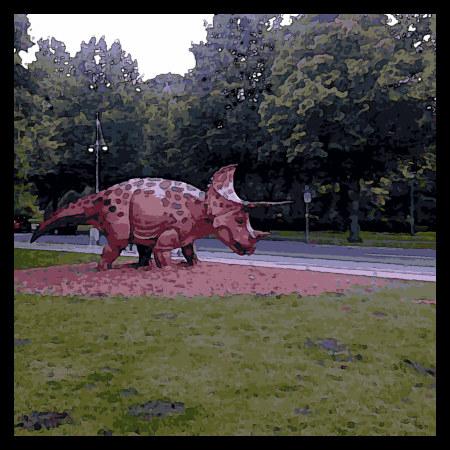 Stark mit Gimp bearbeitetes Foto einer Dinosaurier-Skulptur vorm Niedersächsischen Landesmuseum
