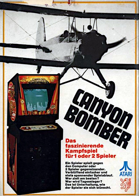 Foto einer an Automatenaufsteller gerichteten Werbung aus dem Jahr 1977 -- Canyon Bomber -- Das faszinierende Kampfspiel für 1 oder 2 Spieler -- Ein Spieler spielt gegen den Computer oder 2 Spieler gegeneinander. Verblüffend einfacher und stets spannender Spielablauf. Wer zielt am besten? Wer wird Tagessieger? Das ist Unterhaltung, wie der Spieler sie sich wünscht. -- Logo von Atari -- Logo von NSM